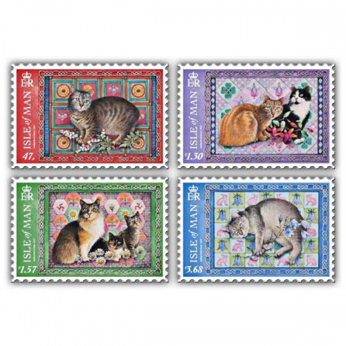 Ivory Manx Cats Set (Mint)