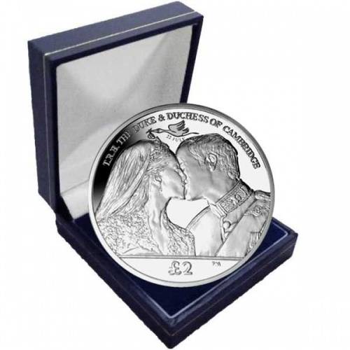 The 2013 Royal Baby ''The Kiss'' Cupro Nickel Coin